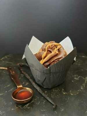 Muffin Cups Fancy Flower Black (Qty 100)