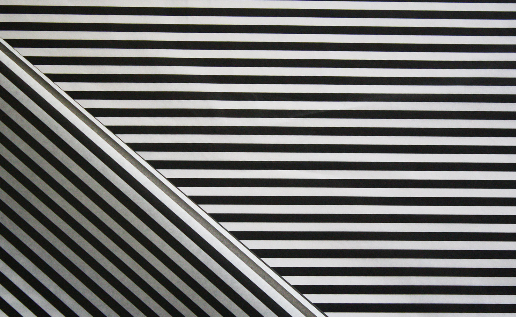 Tissue Paper - Candy Stripe - Black On White (Qty 25) TPCS
