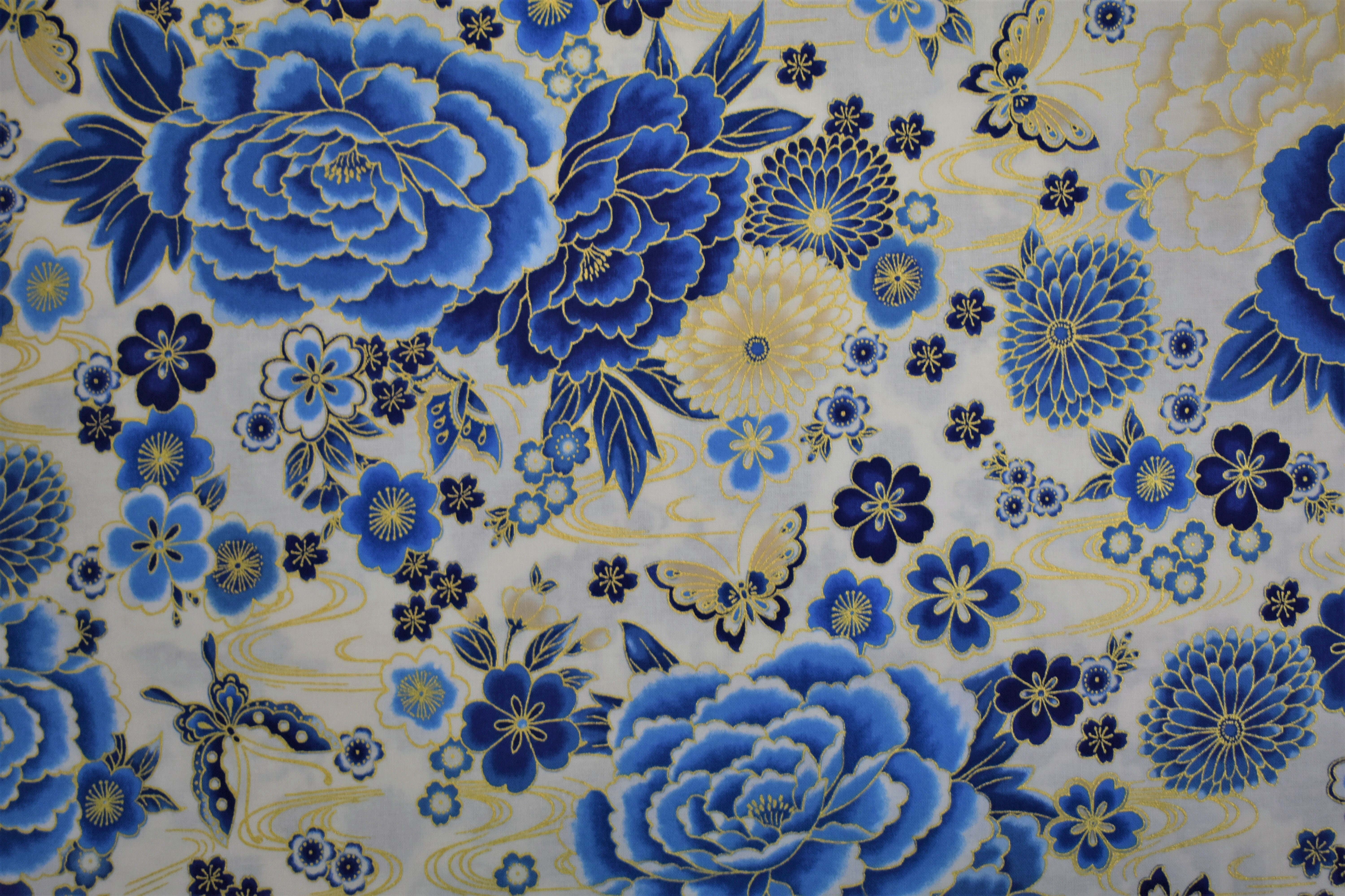 Imperial Collection - Blue Flowers - Robert Kaufman 55009