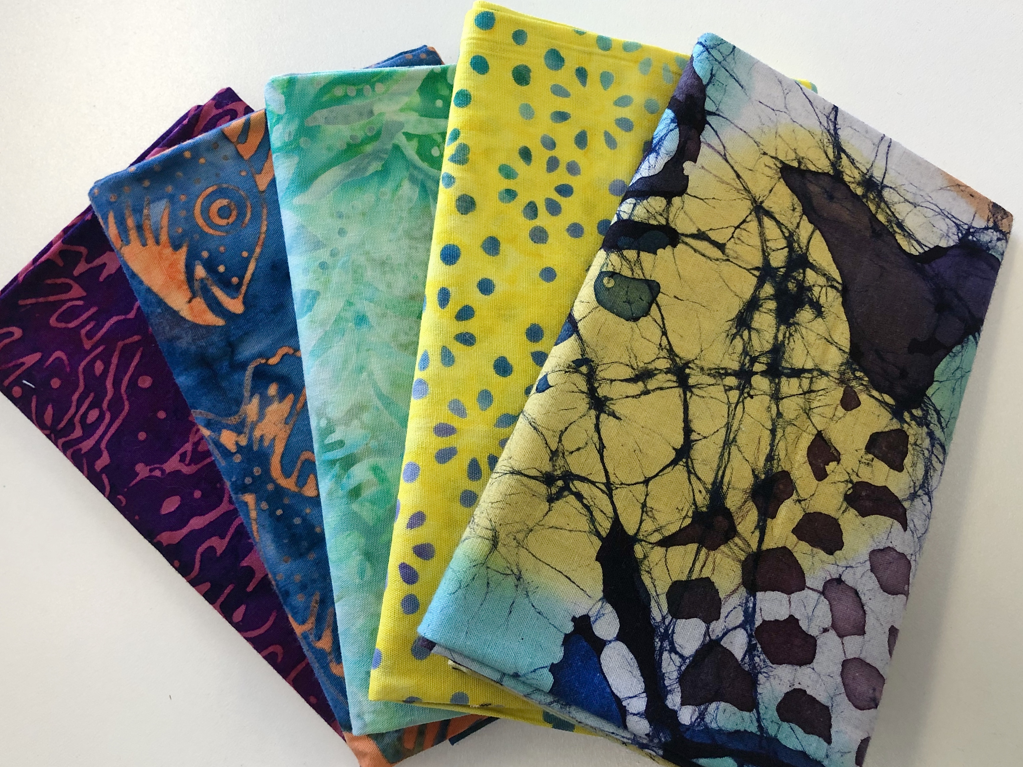 Batik Fat Quarter Bundle 55513