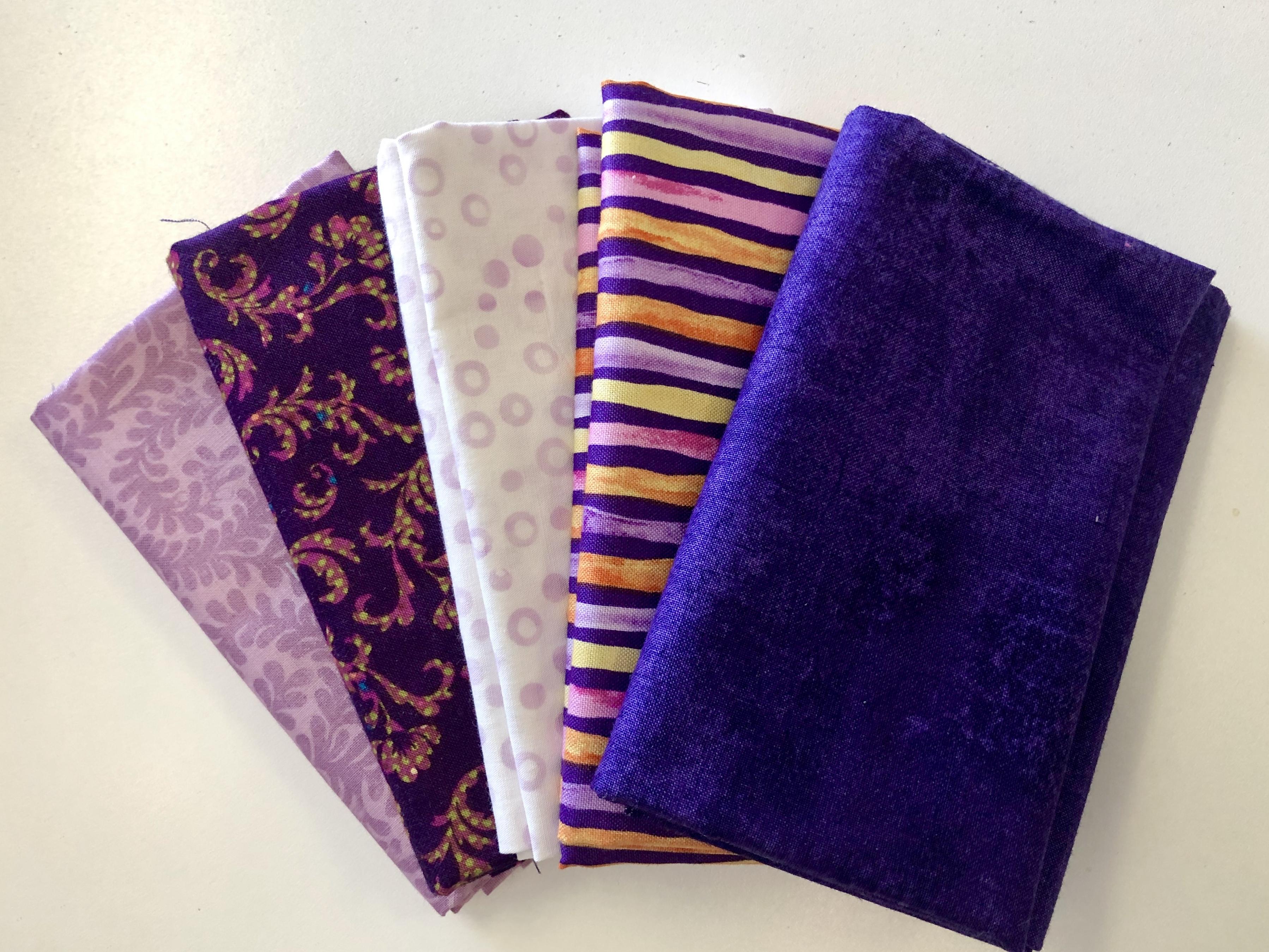Purple Fat Quarter Bundle 55514