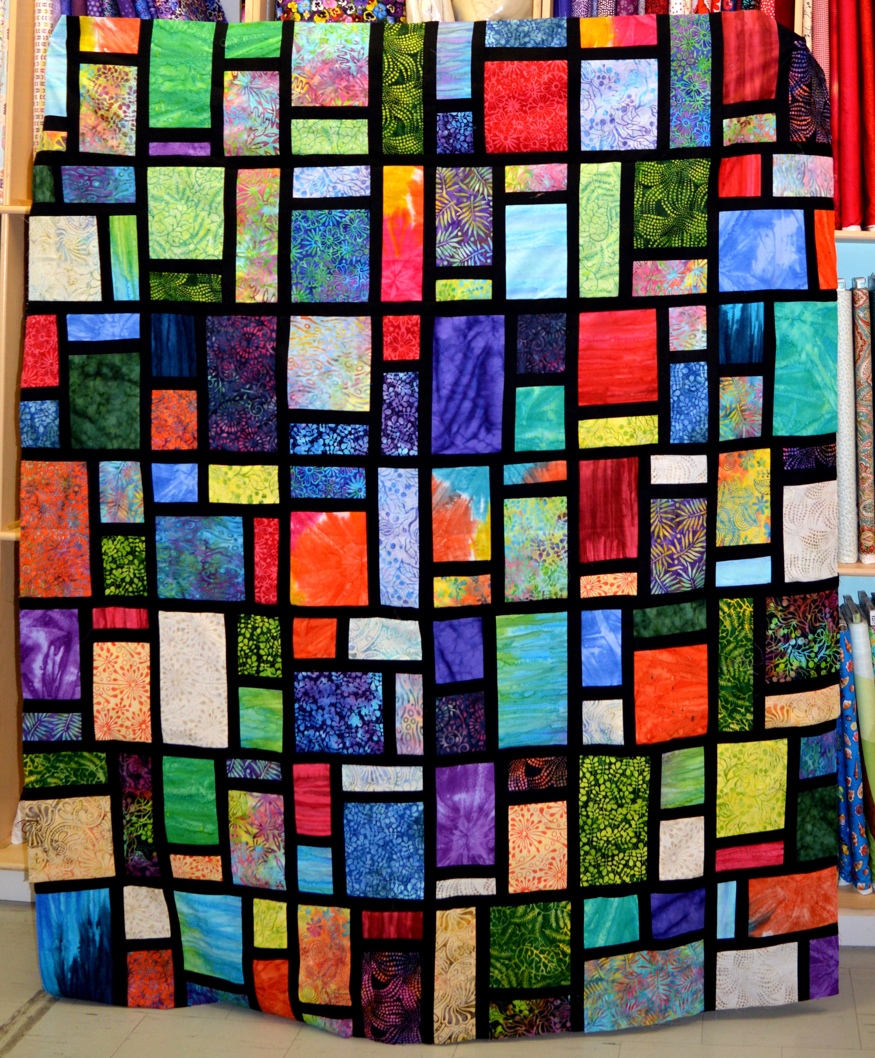 Stained Glass, Intermediate Quilting Winter 2019 54883