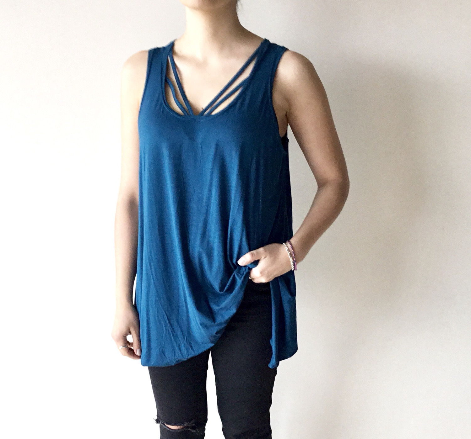 LOOSE FIT CAMI TEAL (ONE SIZE)
