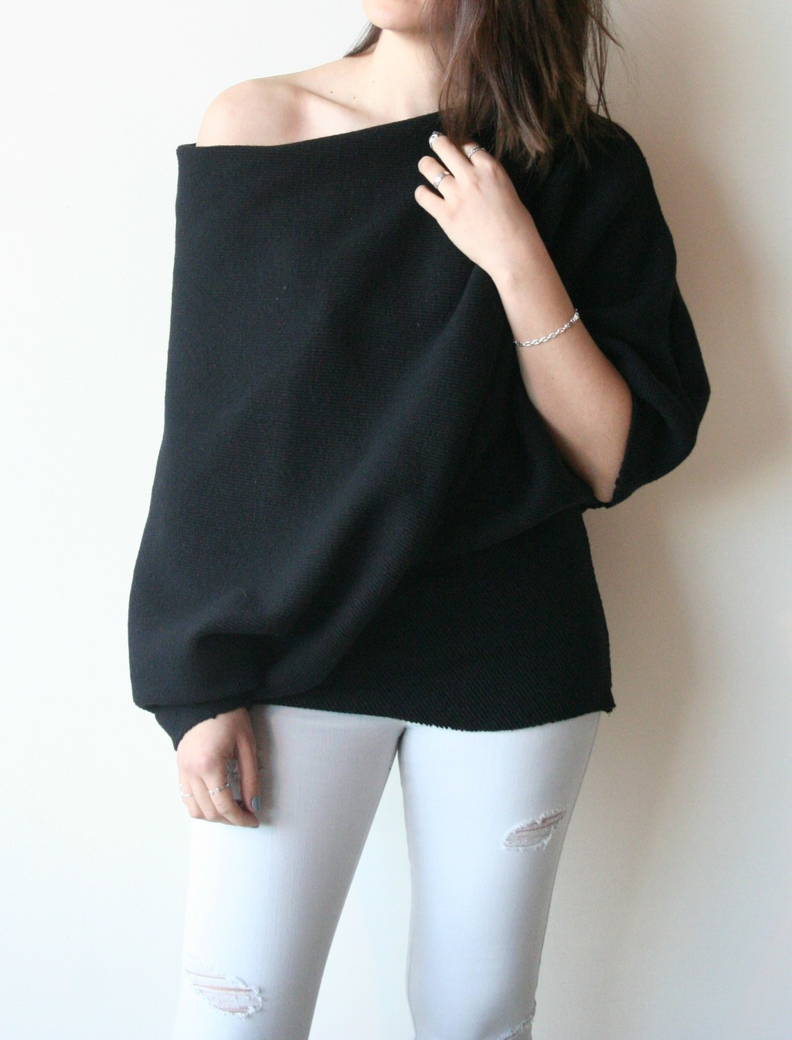 LA GERTA BLACK KNIT TOP