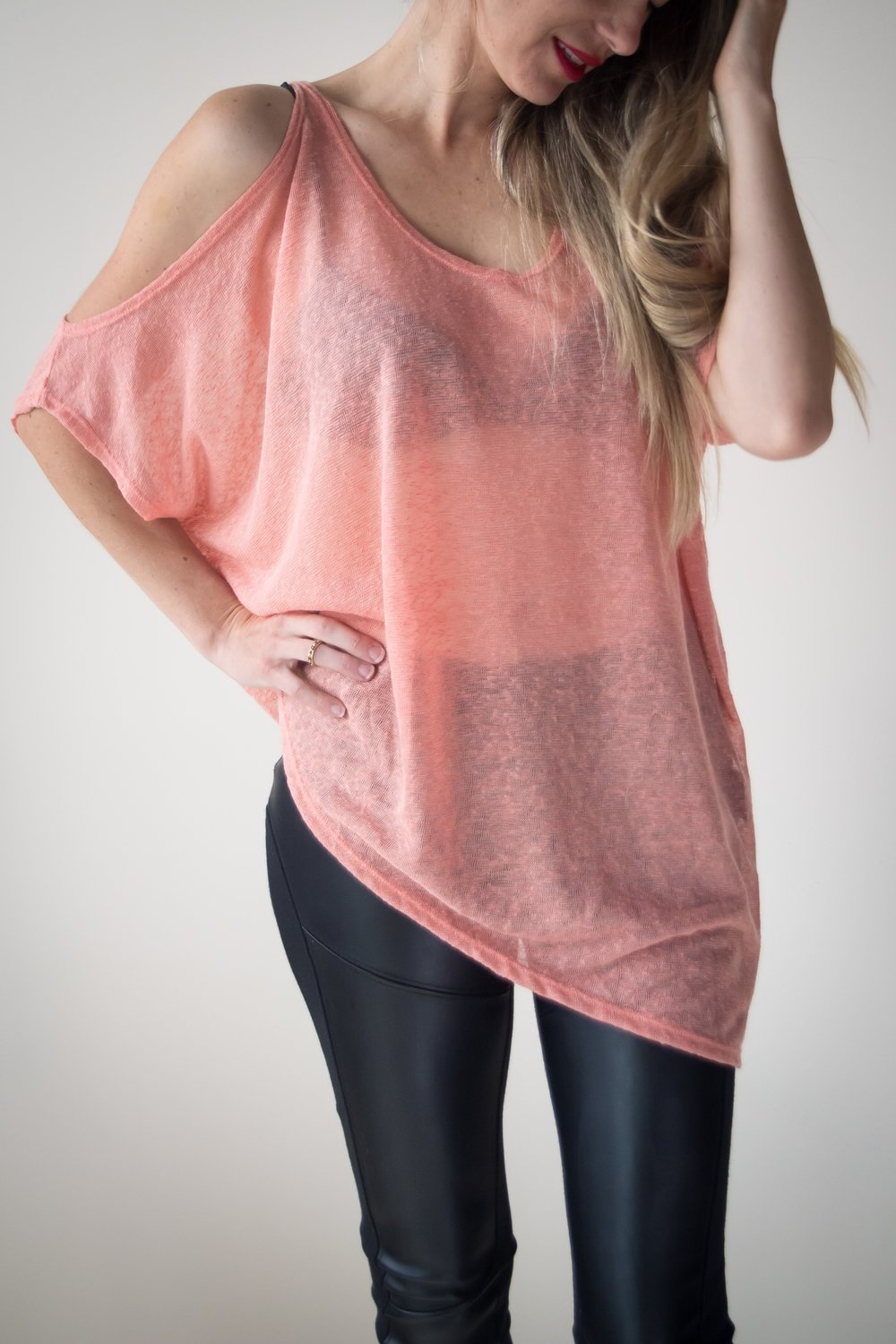 KASMIRA CORAL TOP (ONE SIZE)