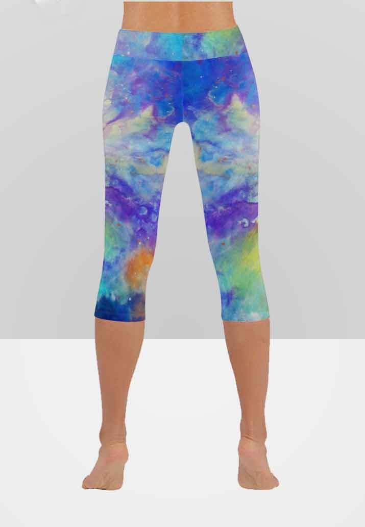 17eba63b492 Abstract Capri Leggings -
