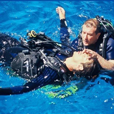Dive Master 10056