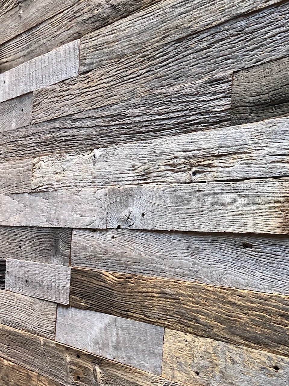 Reclaimed Weathered Gray Blend- 20 Square Feet