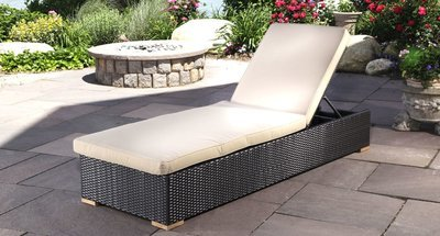 Salina Outdoor Lounge Chair