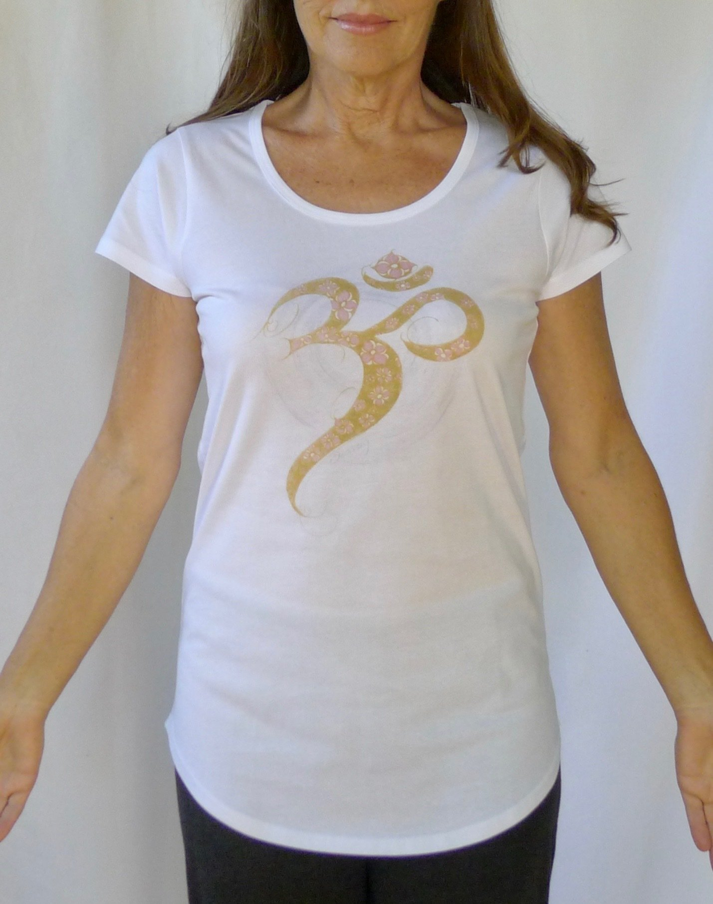 Golden Aum Yoga Tee 00012