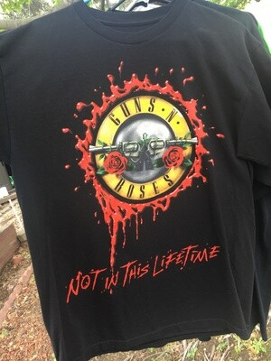 Guns N' Roses ~ Not In This Lifetime ~ (2017) World Tour T-Shirt ~ Adult Unisex Size Large (L)