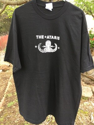 The Ataris ~ (NEW) Adult Unisex T-Shirt ~ Size Extra Large (XL)