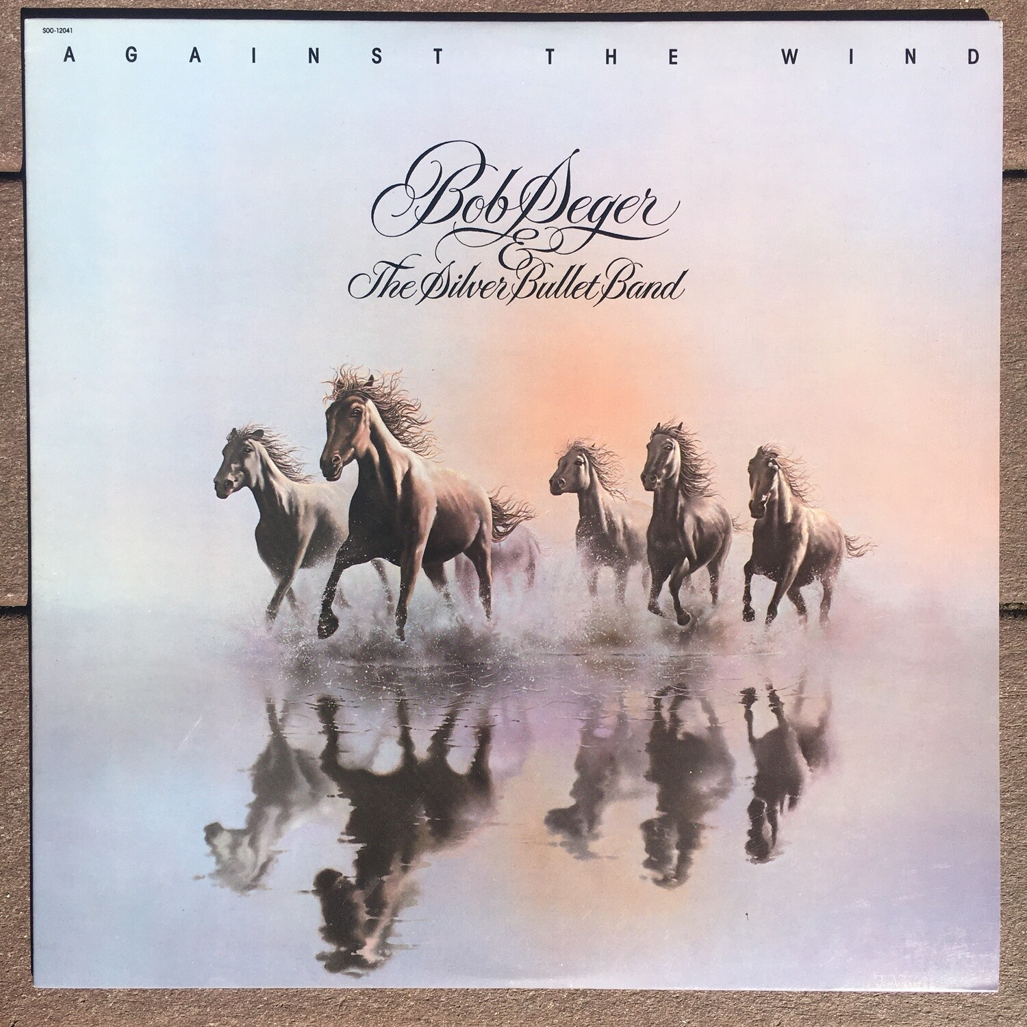 Bob Seger & The Silver Bullet Band ~ Against The Wind ~ (USED) Vinyl LP