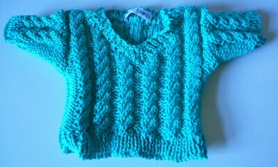 Jumper, turquoise cable v neck - bear 36cm/ 14 ins high