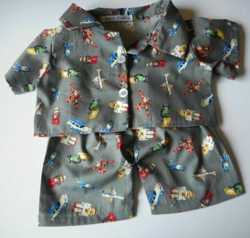 Pyjamas with collar - vintage toy print.