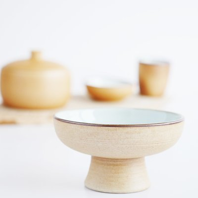 Crafted pottery