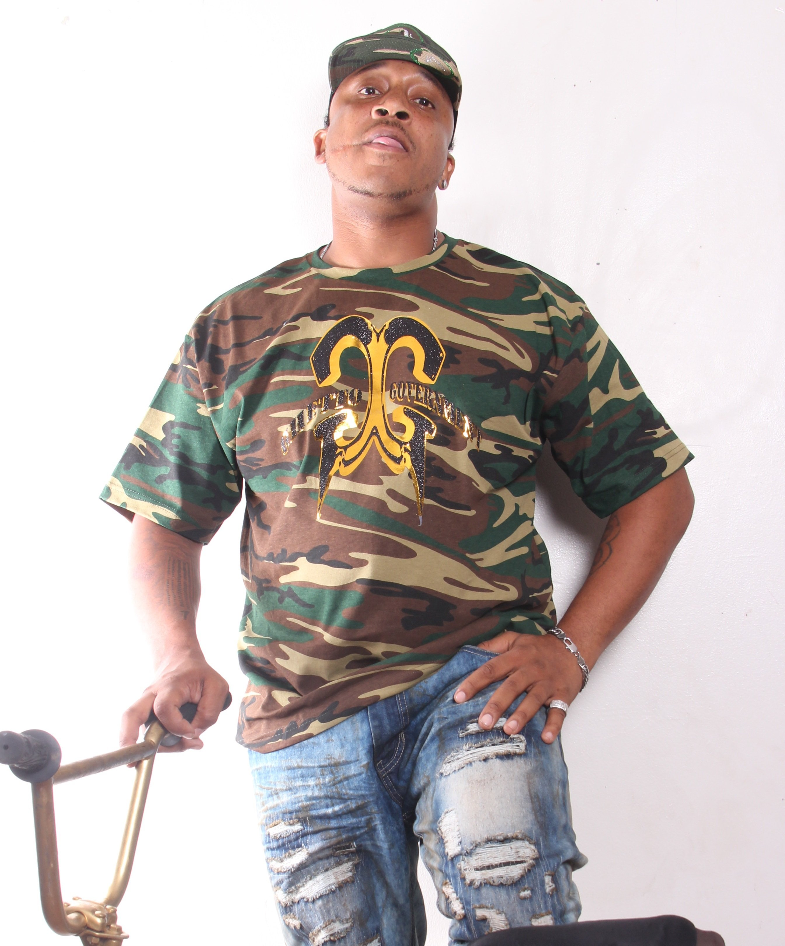 Camoflauge Ghetto Government T-Shirt 001
