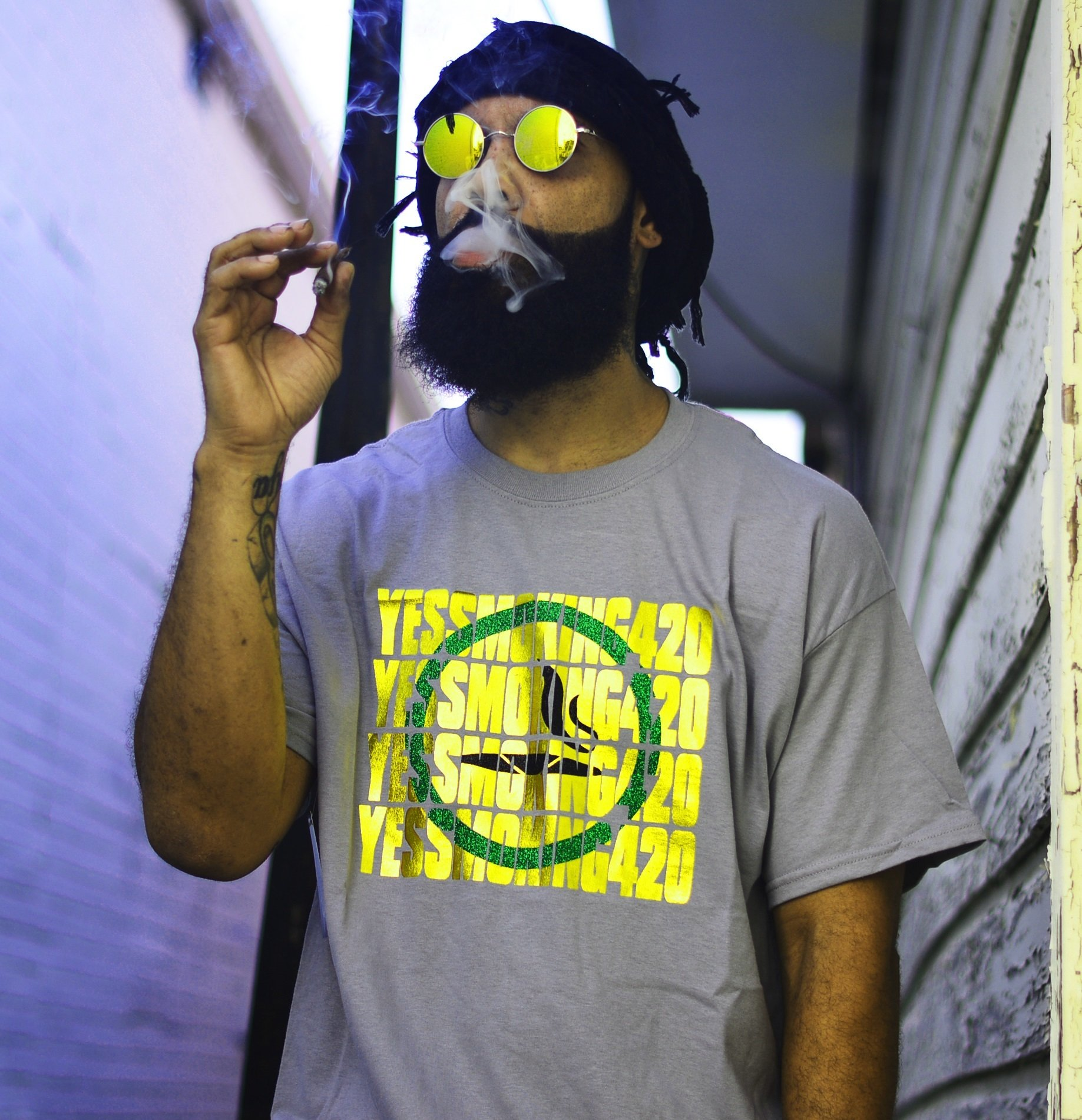 Grey Yes Smoking 420 T-Shirt with gold knockout design 00009