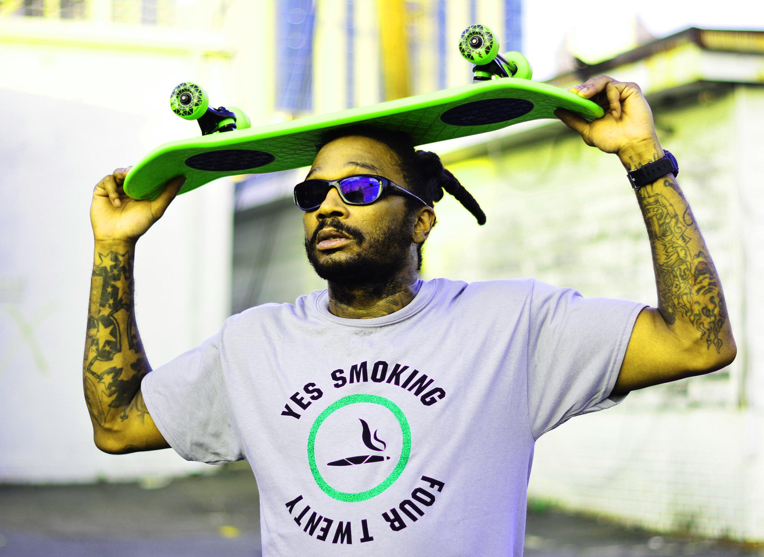 Gry Sports Yes Smoking 420 T-shirt 5.3oz 00000