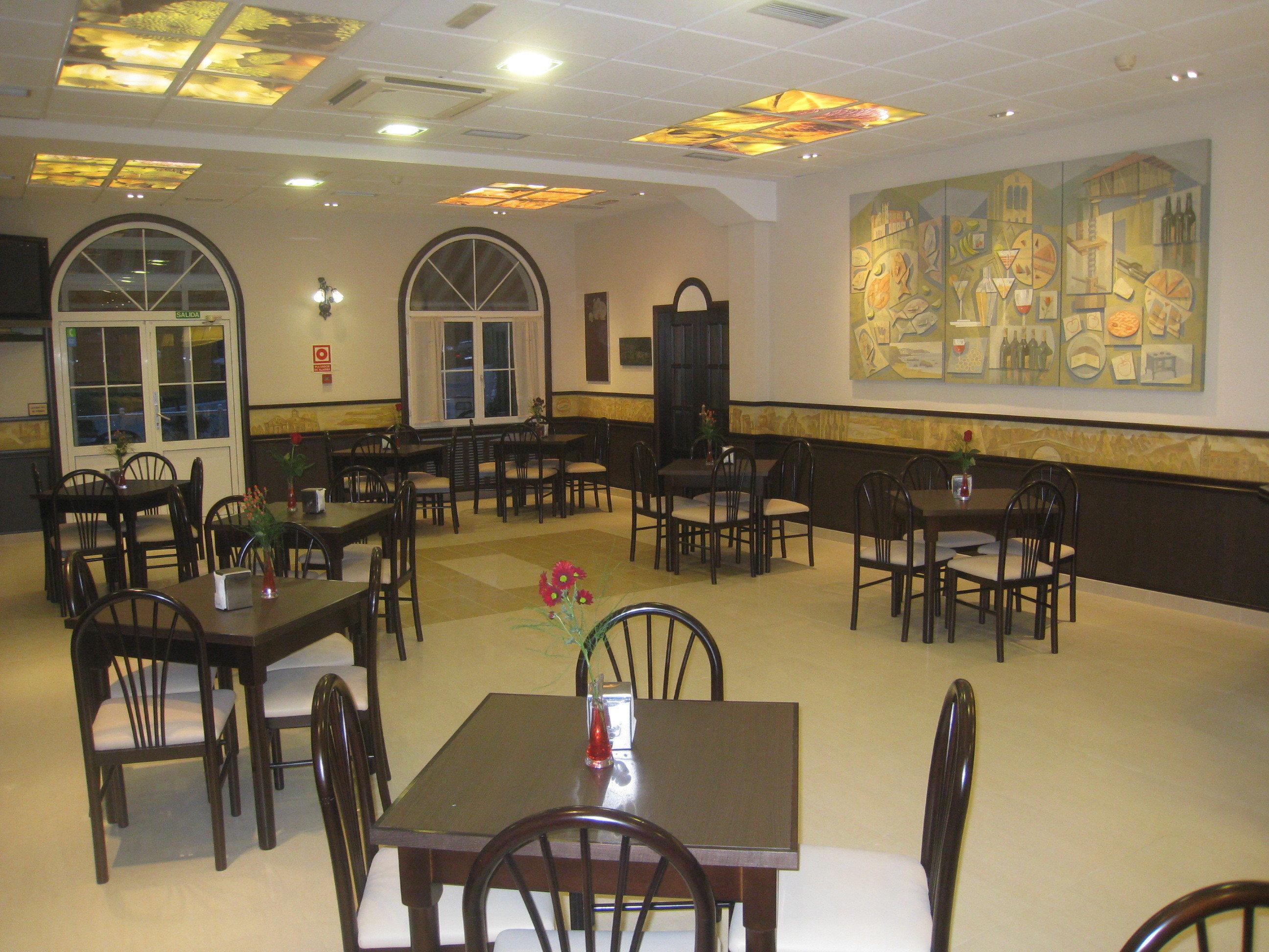 Dos Días / Una noche en Habitación Superior y una Cena a la Carta