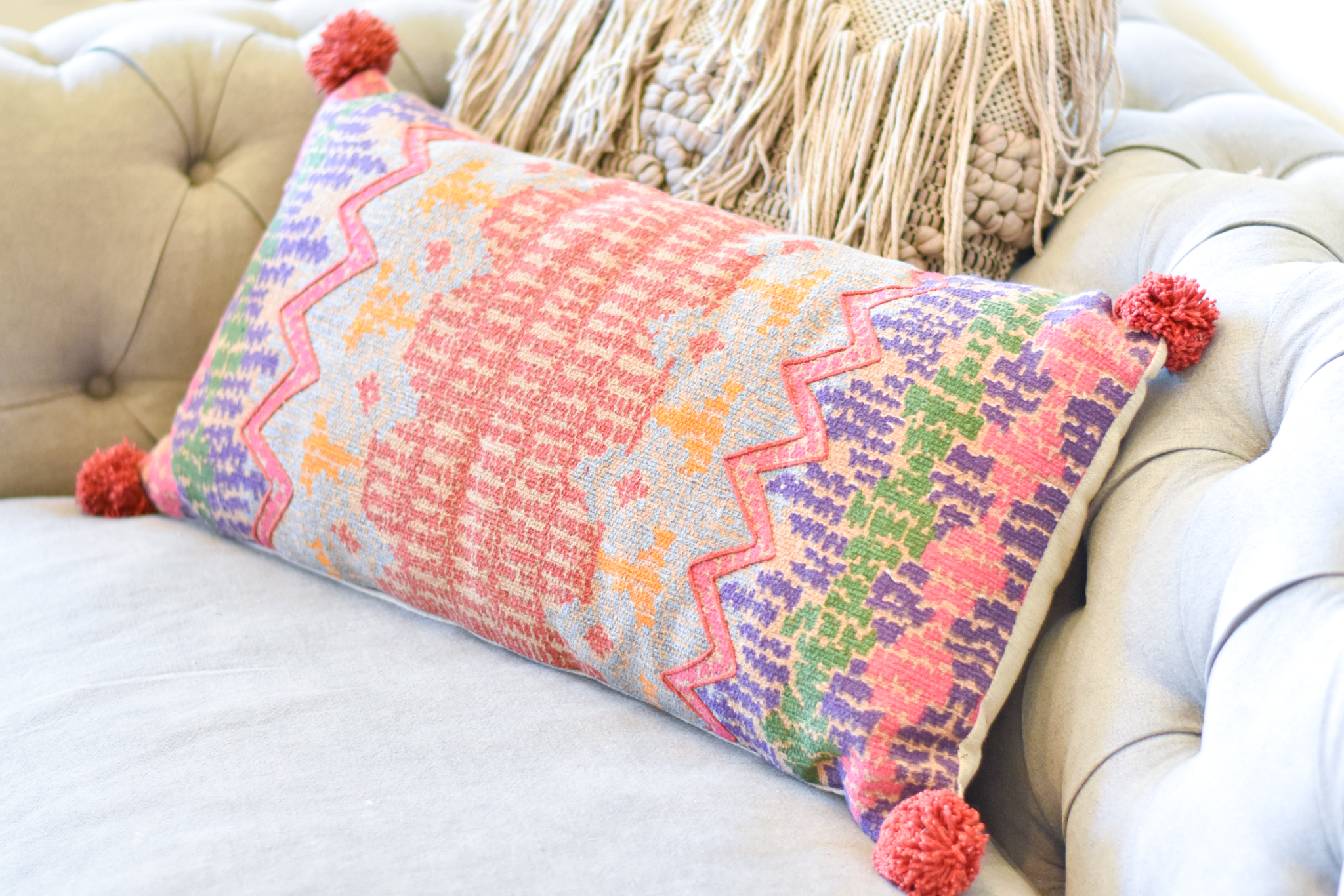 woven magic lumber pillow arst1428