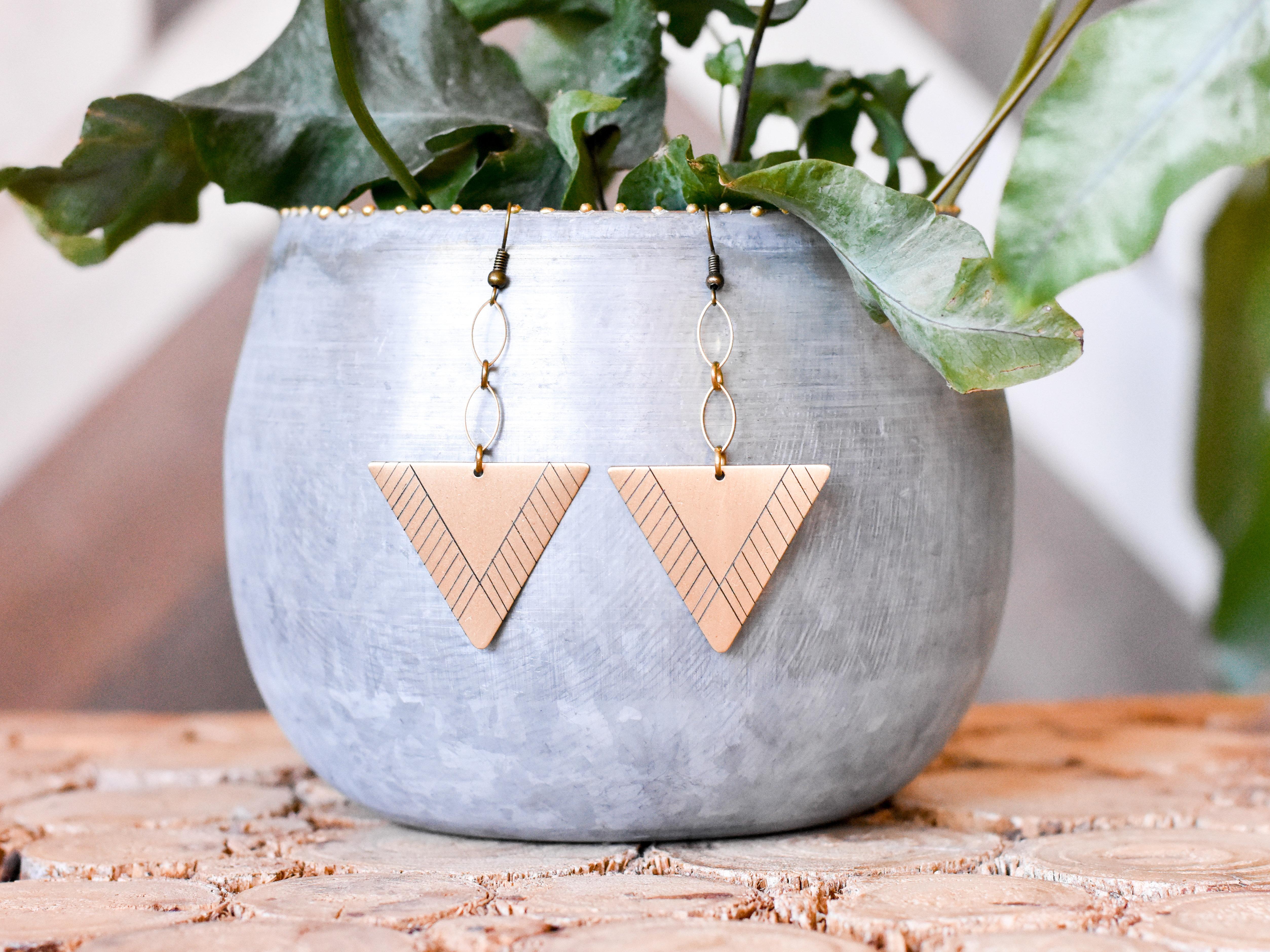 Triangle Earrings 2JWREJJBGY4X4
