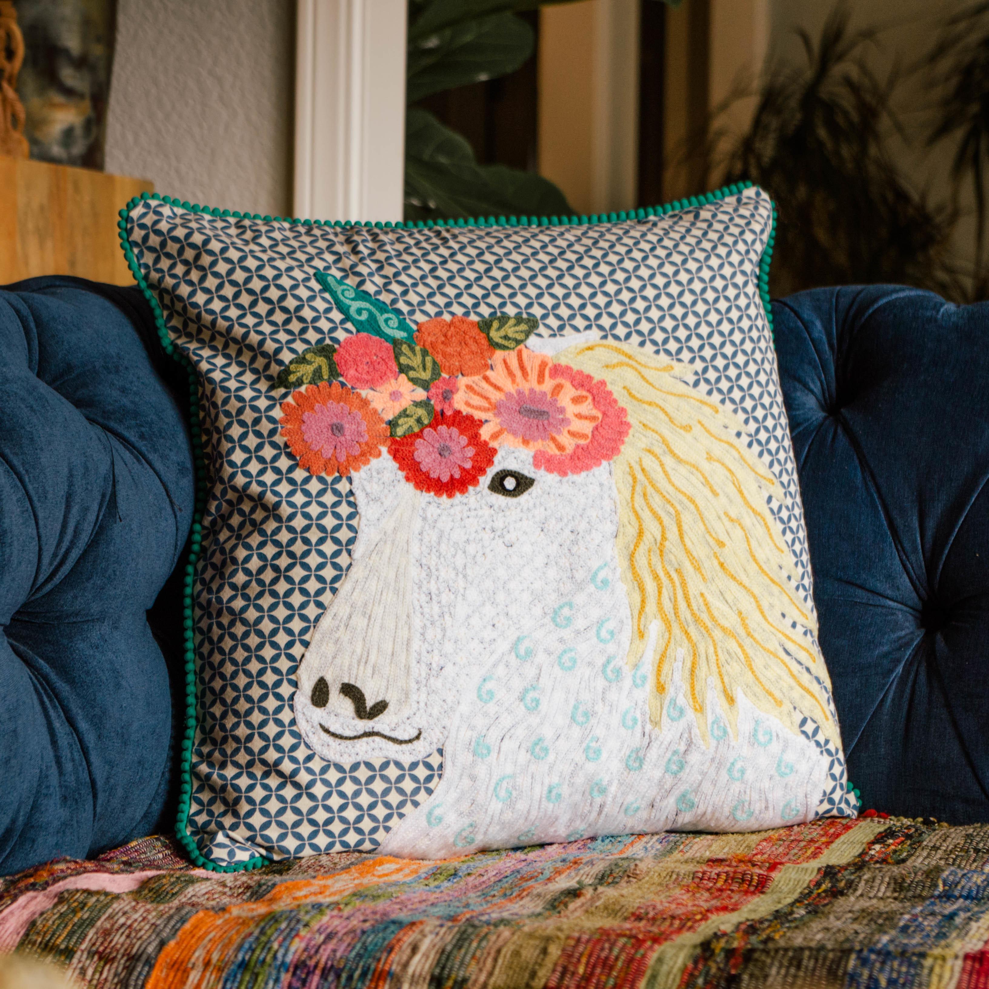Unicorn pillow abcc161043_Blyl AMB5DXVV655RR