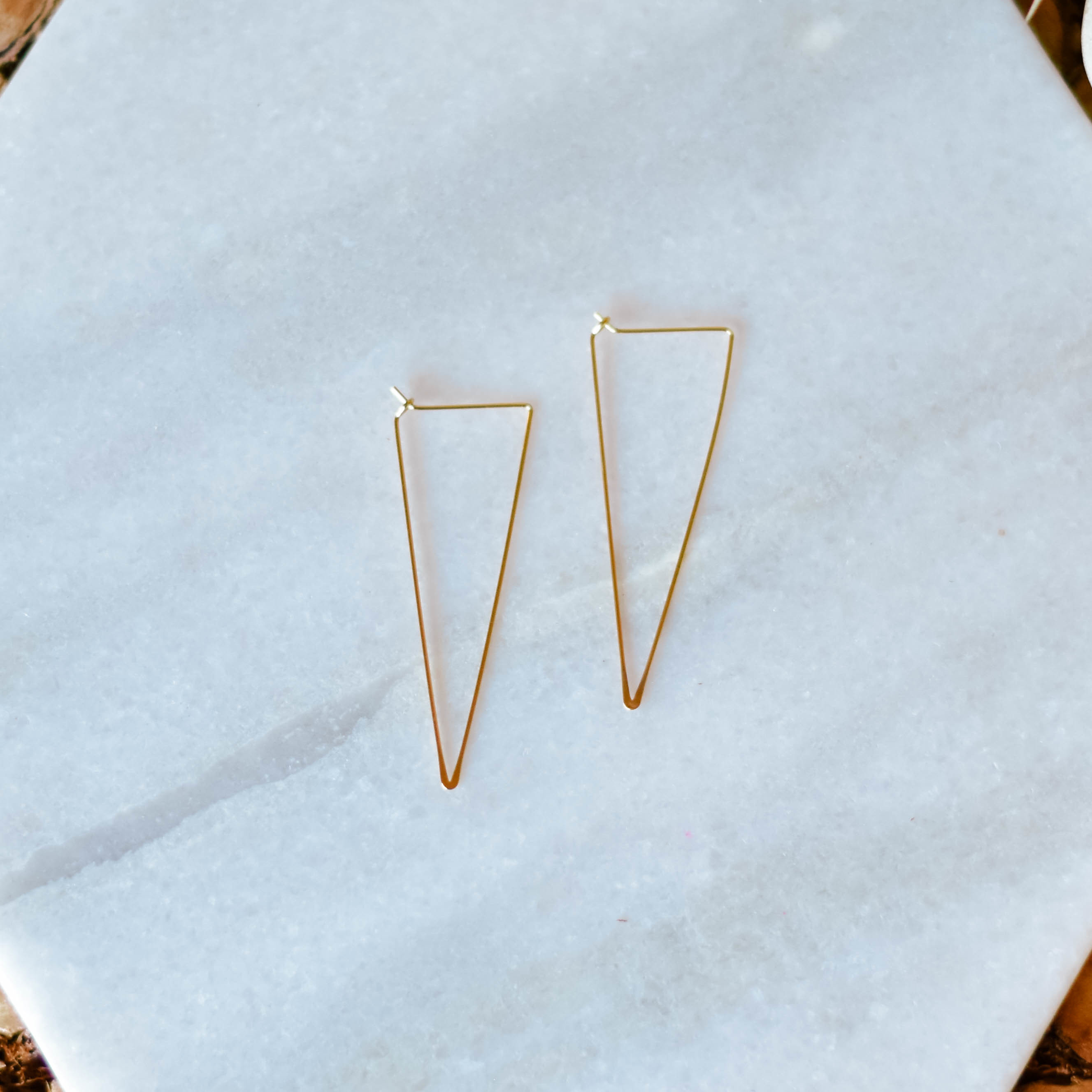 triangle hoop earrings 20TRI KQ7ZA3KQG2R98