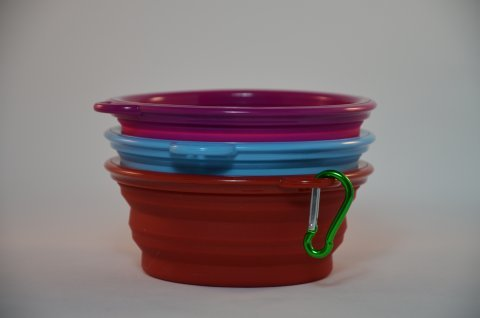 Collapsible Silicon Dog Bowl small - with clip. 00061