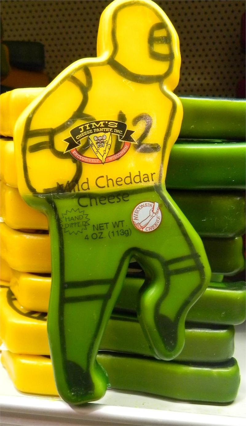 Wisconsin Mild Cheddar Cheese 4oz. Football Player 00042