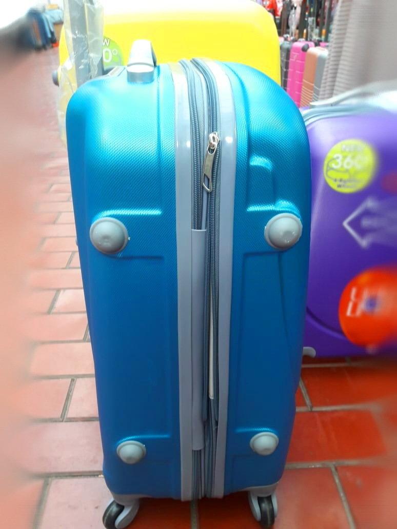 Чемоданы для поездки