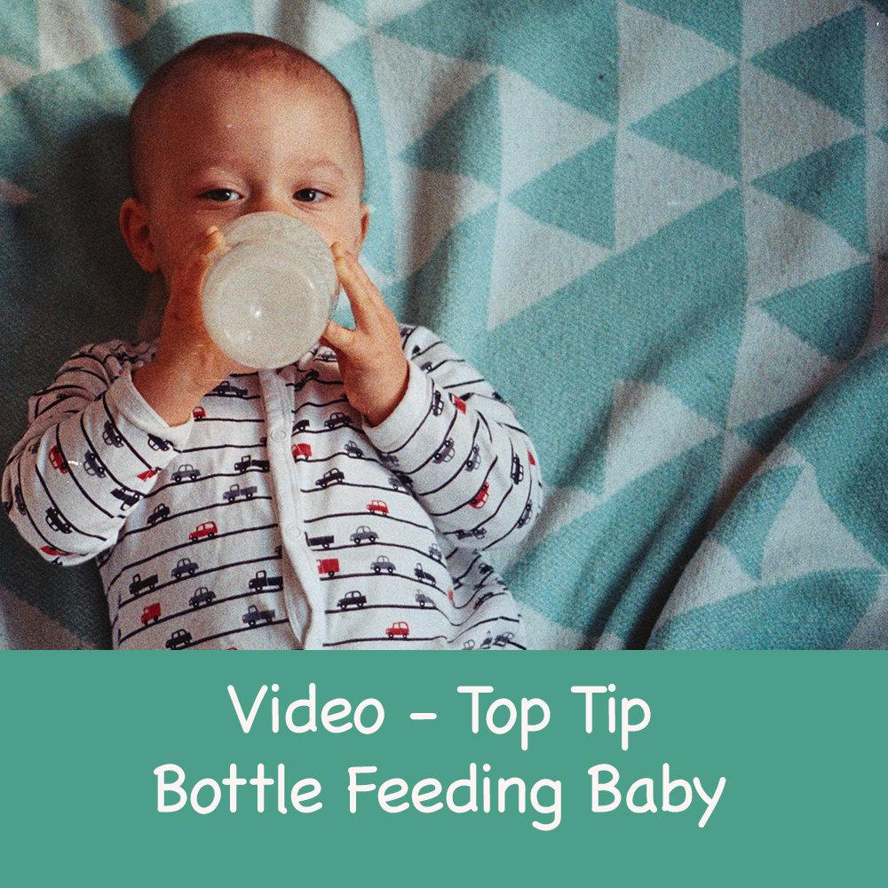 Bottle Feeding Tips for your Baby 00008