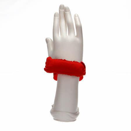 Wrist Pincushion wrist pincushion