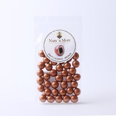Nut`s n More - Salmiak lakrids – Hvid chokolade og bronze