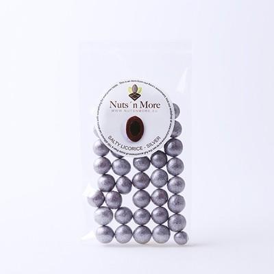 Nut`s n More - Salmiak lakrids – Mælkechokolade og sølv