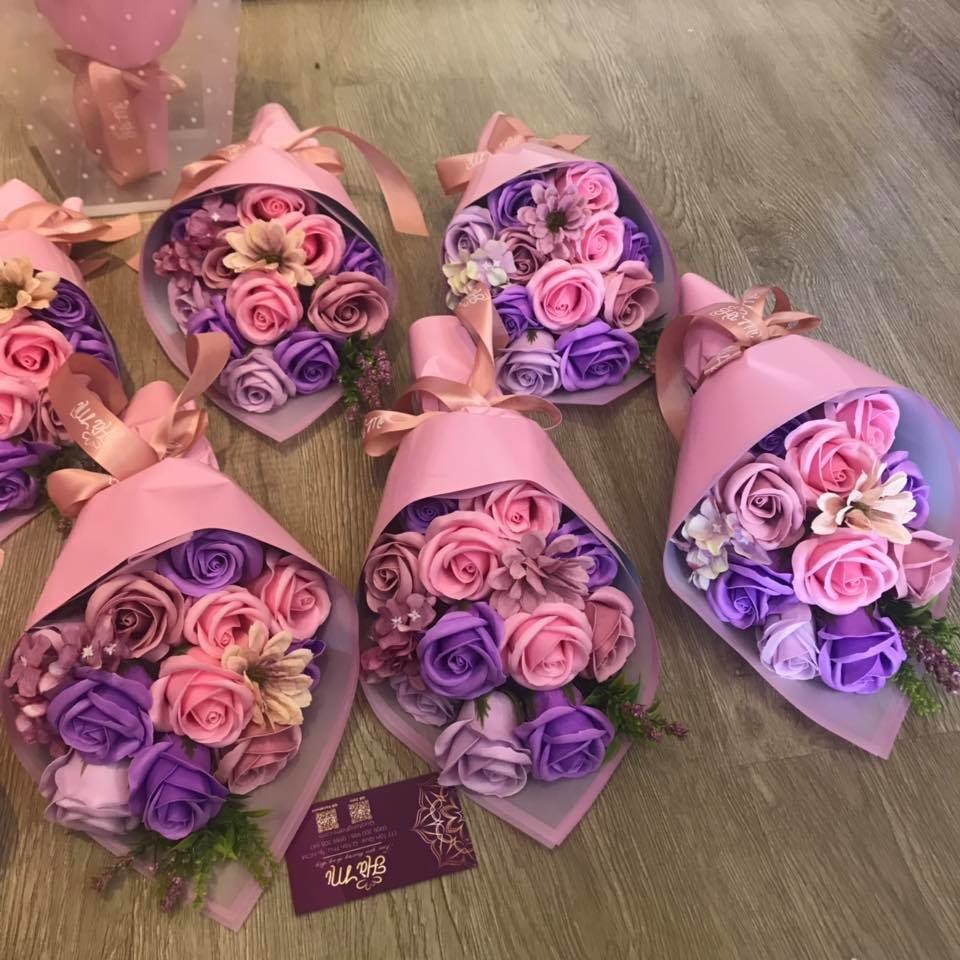 A bouquet of the Forever wax Roses