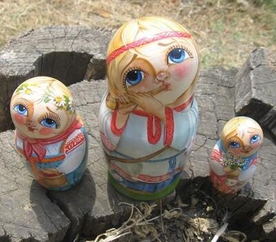 Матрёшка «Пастушки» авторская 3 куклы