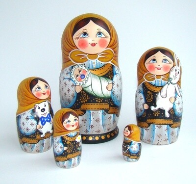 Матрёшка авторская «Дуняша» 5 кукол