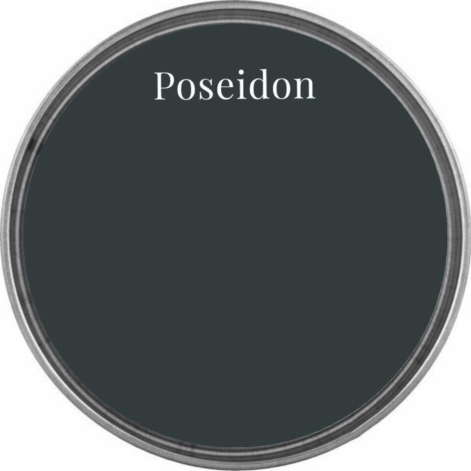 Poseidon Wise Owl Chalk Synthesis Paint – Pint (16 oz)