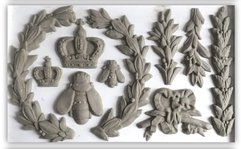 IOD Laurel 6×10 Decor Moulds