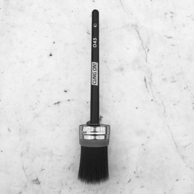 040 Cling On Paint Brush