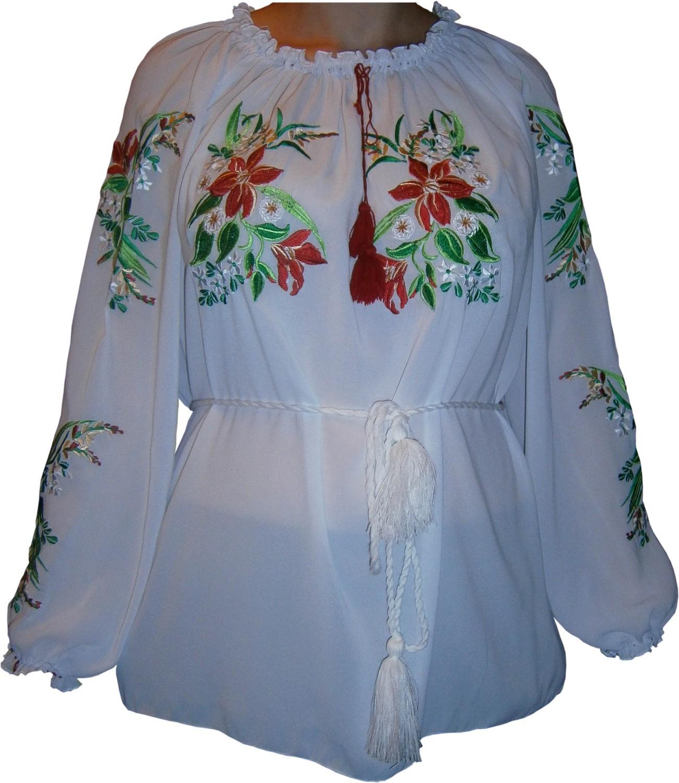 20d2ae3766757c Вишиванка, жіноча вишивана гладдю блузка з квітами (Арт. 00376)