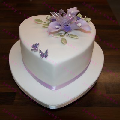 Gretna Small Heart Wedding Cake with Sugar Roses
