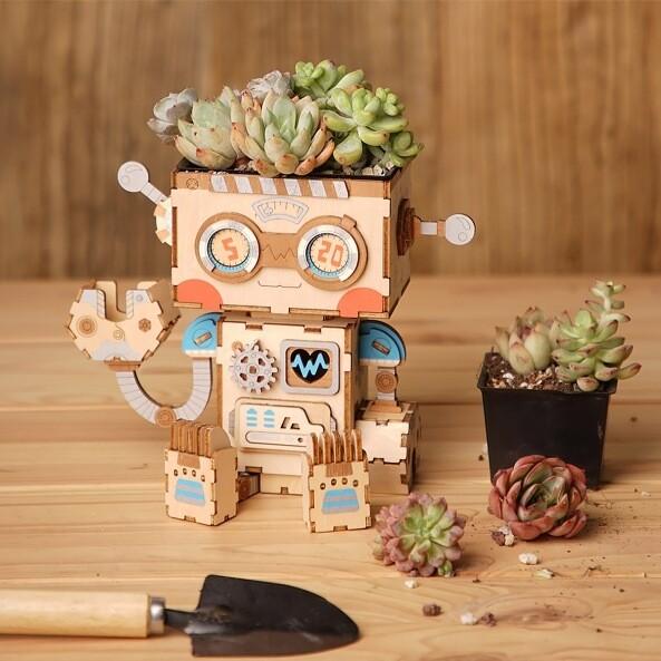 Цветочный горшок Робот
