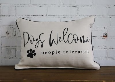 Dog's Welcome Pillow
