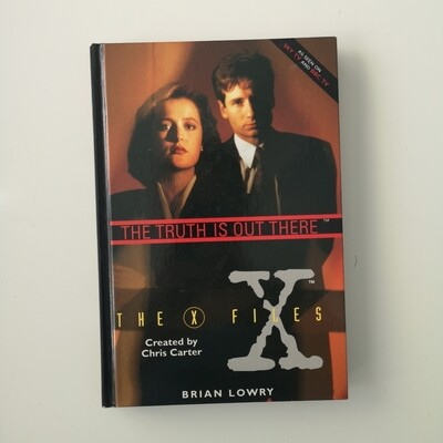 The X Files Notebook - Mulder and Scully