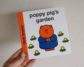 Poppy Pig's Garden Notebook