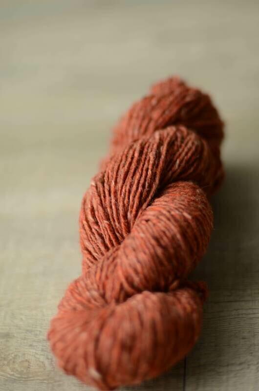 WarmWoolGallery Kilcarra Tweed - HEIRO