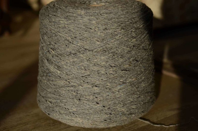 Soft Donegal Tweed - SILVER MIST
