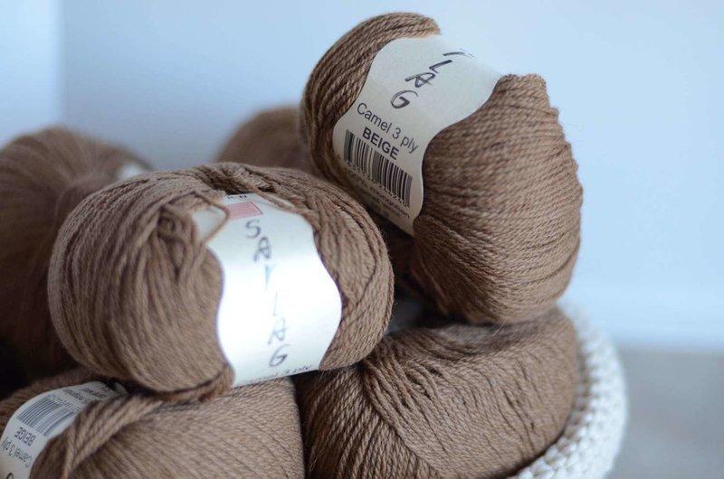 100% Camel yarn